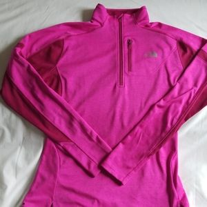 Womens The North Face Motivation 1/4 zip top, L